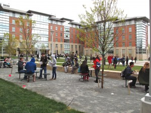 The crowd enjoying the Rogers/Whitetop courtyard